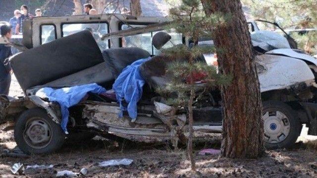 5 öğrencinin öldüğü servis kazasında ihmaller zinciri! Kemer yok, kapı bozuk
