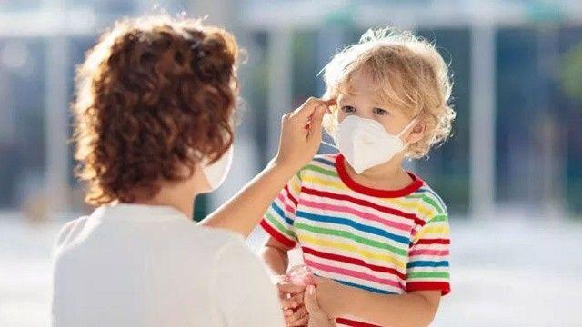 Anne babalara evde koronavirüs yönetimi rehberi