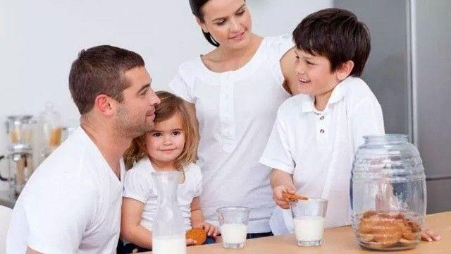 Anne babalara uzman uyarısı: Çocuğun kemiklerine yatırım yapın