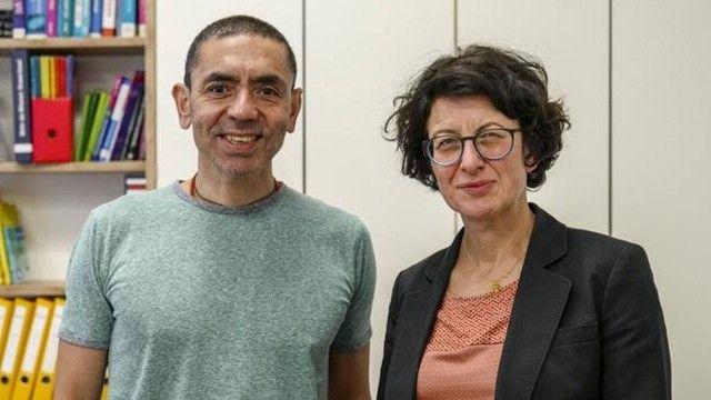 Koronayı yenen iki Türk! İspanya'da Uğur Şahin ve Özlem Türeci'ye ödül verildi