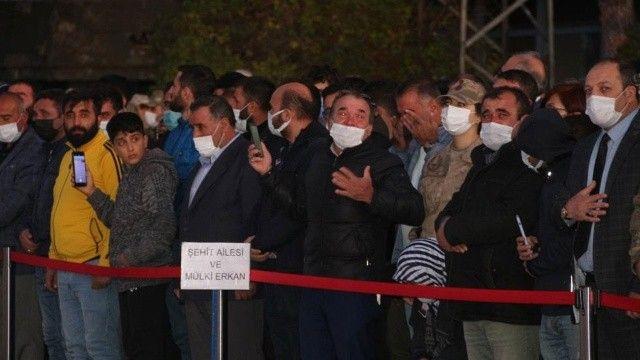 Şehit yakını: Birimiz değil, binimiz bu millete feda olsun