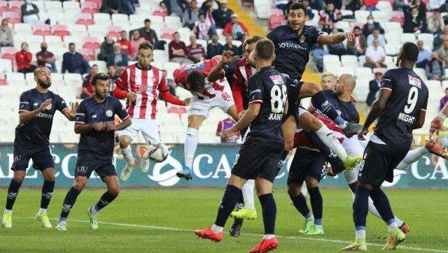 Sivasspor ile Antalyaspor puanları paylaştı