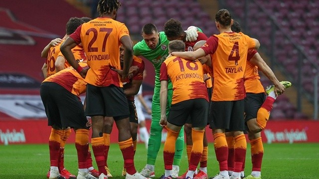UEFA Galatasaray Moskova maçı hangi kanalda? UEFA Galatasaray Lokomotiv Moskova maçı muhtemel 11'ler