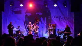 'Cuma İş Çıkışı' konserlerinde Kolektif İstanbul sahne aldı