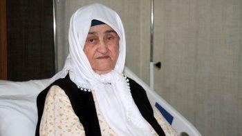 89 yaşındaki kadın 2 doz aşıyla koronayı yendi