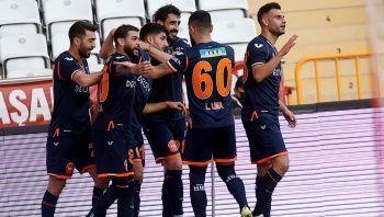 Başakşehir, Emre Belözoğlu ile 2'de 2 yaptı!