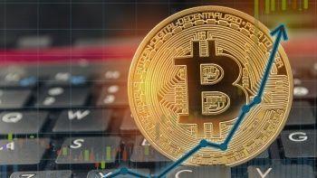 Bitcoin fiyatı nihayet beklenen rekoru kırdı: TL karşılığı 600 bin lirayı geçti