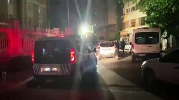 Cezaevlerinden dışarıya bilgi taşıyan teröristlere operasyon