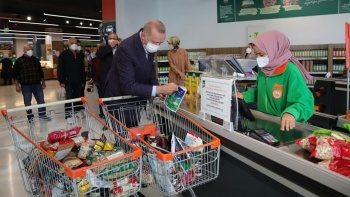 Cumhurbaşkanı Erdoğan'ın tanzim marketteki alışverişi 1000 lira tuttu