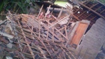 Endonezya'da deprem: 3 ölü, 7 yaralı