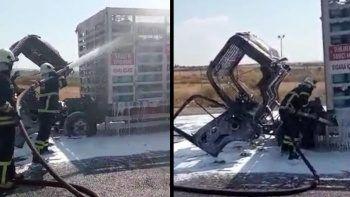 Faciadan dönüldü: Tüp kamyonu alevler içinde kaldı