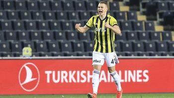 Fenerbahçeli Attila Szalai'ye dev kulüpler kanca attı!