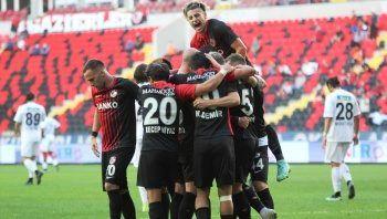 Gaziantep, Altay'ı 4-1 mağlup etti