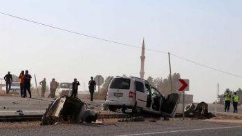 Gaziantep'te traktör ikiye bölündü: 1 ölü, 3 yaralı