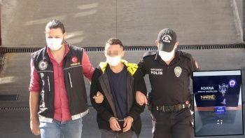 Taksici, müşterilerine uyuşturucu satarken yakalandı