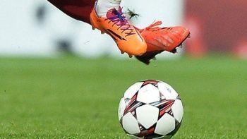 İlk yarıda bir oyuncu 16 gol atınca teknik direktör özür diledi
