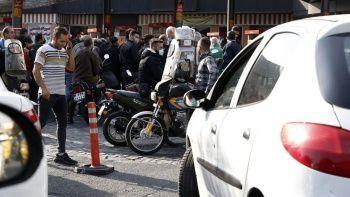 İran'da benzin istasyonlarında uzun kuyruklar oluştu