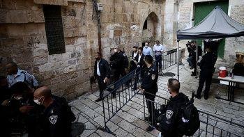 İsrailli aşırı sağcı milletvekilleri Şam Kapısı'nı bastı
