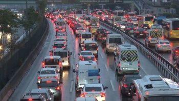 İstanbul'da yağmur trafiği