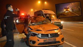 İstanbul'un göbeğinde akıl almaz kaza! Ticari taksi ata çarptı