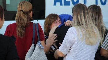 Kazada hayatını kaybeden uçak mühendisinin, yakınları gözyaşlarına boğuldu