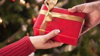Kız arkadaşına gönderdiği hediye paketinin içinden uyuşturucu çıktı