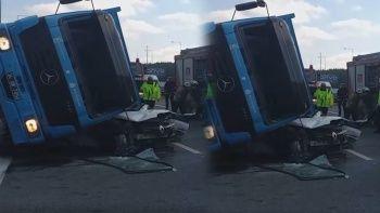 Kuzey Marmara Otoyolu'nda feci kaza! Beton yüklü kamyon otomobili kağıt gibi ezdi