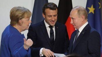 Putin, Merkel ve Macron ile Ukrayna'yı görüştü