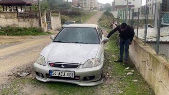 Sabah uyandığında aracını parçalanmış görünce şok oldu