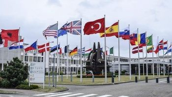 Son dakika: Rusya NATO'nun Moskova ofisini kapatıyor