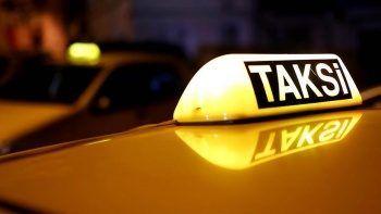 Taksilerde yeni dönem: Cep telefonu pos cihazı oluyor