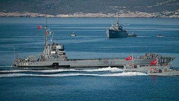 Türkiye'den Rumlara çalışan gemiye 2 kez müdahale