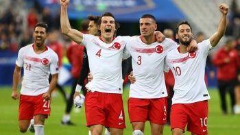 Türkiye gruptan nasıl çıkar? A Milli Takım Dünya Kupası'na nasıl gider? İşte tüm ihtimaller
