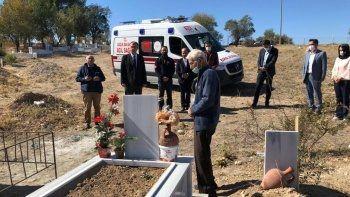 Vasiyeti yerine getiren koca, bağışladığı ambulansla ilk önce ölen eşini ziyaret etti