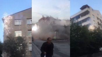Yıkılan bina elektrik tellerine çarptı, ortalık savaş alanına döndü