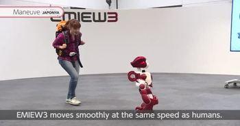 Turist rehberi robot