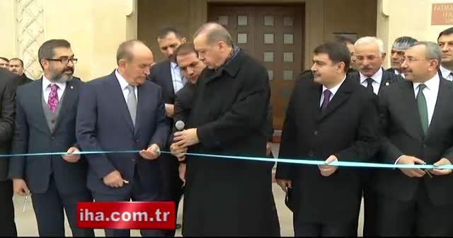 Erdoğan, Sancaktepe'de cami açılışı gerçekleştirdi