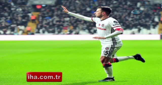 Beşiktaş Konyaspor maçı foto özet