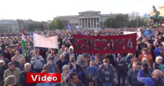 Macaristan'da hükümet karşıtı gösteri
