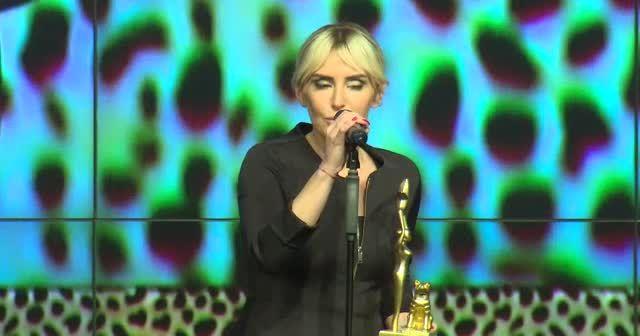 Gülden Demirtaş ''Yılın En İyi Kadın Spikeri'' seçildi!