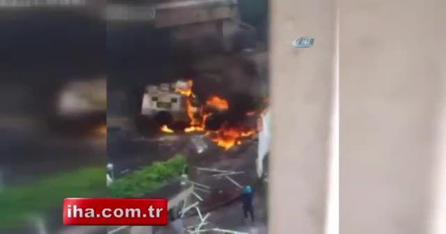 Protestocular polis panzerini yaktı, alevler binaya sıçradı