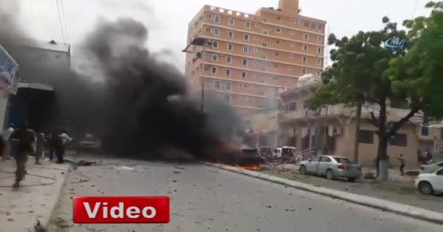 Somali'de bomba yüklü araç patladı: en az 7 ölü