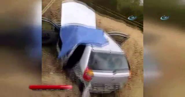 Bartın'da kamyon ile otomobil çarpıştı: 1 ölü, 4 yaralı