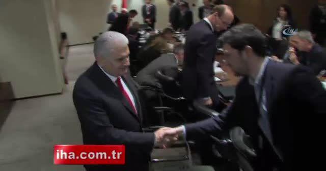Başbakan Yıldırım yabancı basın mensuplarıyla bir araya geldi