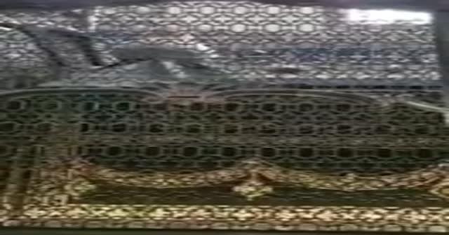 Cumhurbaşkanı Erdoğan Eyüp Sultan Camii'nde Kur'an-ı Kerim okudu