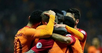 Galatasaray Trabzonspor'u devirdi