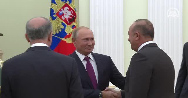Putin, Çavuşoğlu ve beraberindeki heyeti kabul etti