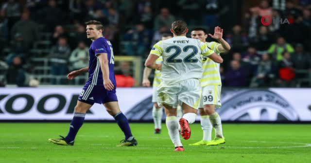 ÖZET İZLE Anderlecht 2-2 Fenerbahçe GENİŞ özeti ve golleri izle | Anderlecht Fener maçı skoru özeti VİDEO