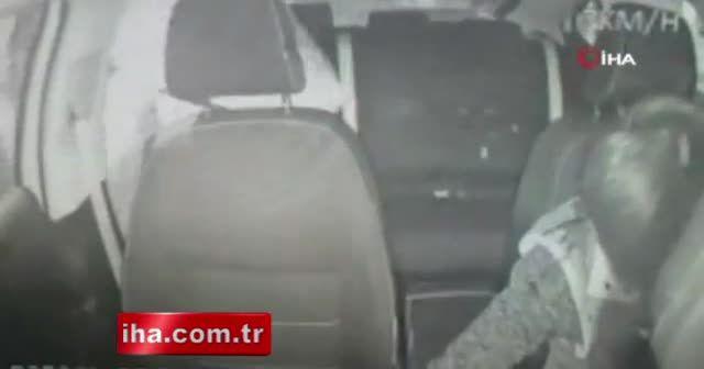 Bayrampaşa'da 'turkuaz taksi' sürücüsüne silahlı saldırı kamerada