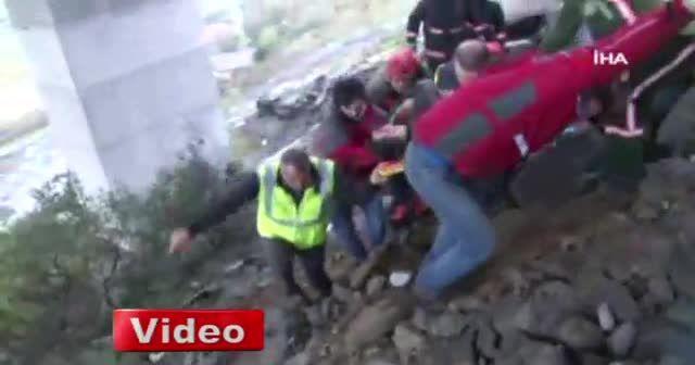 Beykoz'da bir beton mikseri viyadükten uçtu: 1 ölü